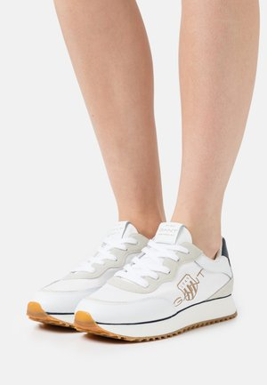 BEVINDA  - Trainers - white