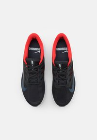 Nike Performance - QUEST 3 - Zapatillas de running neutras - off noir/thunder blue/chile red/glacier blue/white - 3