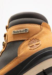 Timberland - FIELD TREKKER WP - Bottines à lacets - wheat/black - 5