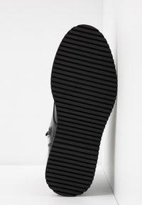 Madden Girl - KURRT - Platform ankle boots - black - 6