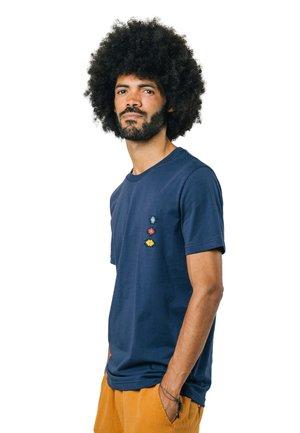 ICON NDEBELE - T-paita - blue