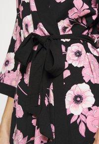 LASCANA - KIMONO - Dressing gown - black/pink - 5