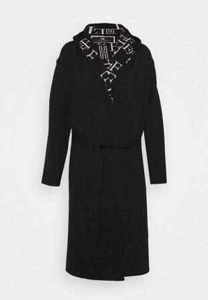 Klasický kabát - nero/burro