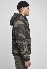 Brandit - Lehká bunda - darkcamo - 4