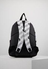 Converse - DAY PACK - Rucksack - white - 3
