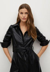 Mango - CINTIA - Shirt dress - schwarz - 3
