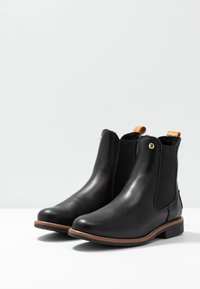 Panama Jack - GILLIAN IGLOO TRAVELLING - Classic ankle boots - black - 4