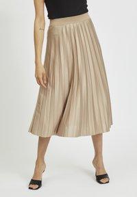 Vila - Pleated skirt - sandshell - 0