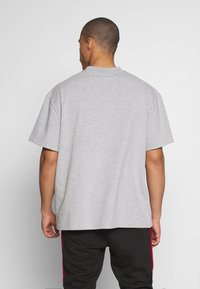 Weekday - GREAT  - Basic T-shirt - grey melange - 2