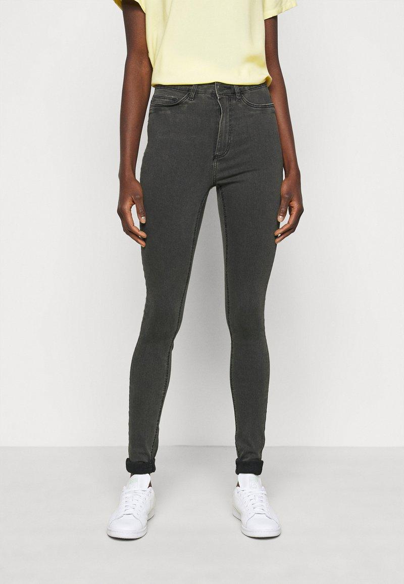 Noisy May Tall - NMCALLIE - Jeans Skinny Fit - dark grey denim