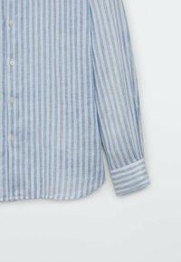 Massimo Dutti - SLIM FIT - Formal shirt - light blue - 3