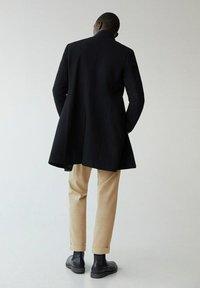 Mango - FUNNEL-I - Classic coat - schwarz - 2