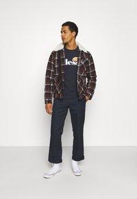 Ellesse - SMALL LOGO PRADO - Print T-shirt - navy - 1