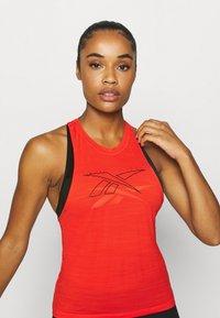 Reebok - TANK - Camiseta de deporte - red - 3