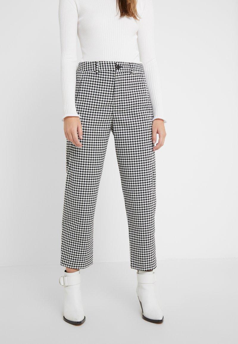 CLOSED - LUDWIG - Kalhoty - black