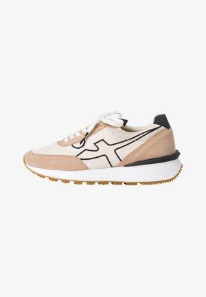 Sneakers laag - tan comb