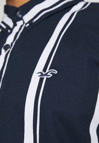 Hollister Co. - SLIM PATTERN - Shirt - navy - 4
