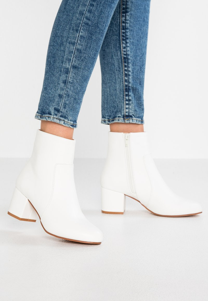 Anna Field - Classic ankle boots - white