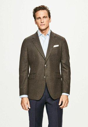PERFORMANCE FLAN EP - Suit jacket - brown
