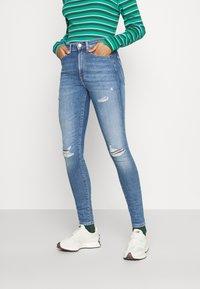 Tommy Jeans - SYLVIA - Jeans Skinny Fit - denim light - 0