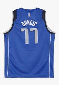 Nike Performance - NBA DONCIC LUKA DALLAS MAVERICKS BOYS ICON SWINGMAN  - Top - game royal - 1