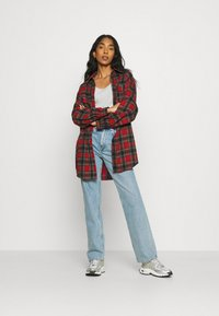 Missguided - BRUSHED OVERSIZED BASIC CHECK  - Button-down blouse - red - 1