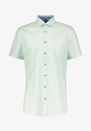 BODY FIT - Shirt - grün