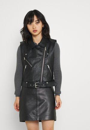 ONLVERA WAISTCOATOTW - Vest - black