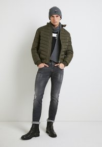 Replay - ANBASS AGED - Slim fit jeans - medium grey - 2