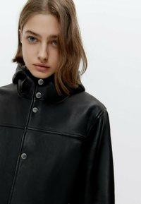 Uterqüe - Short coat - black - 3