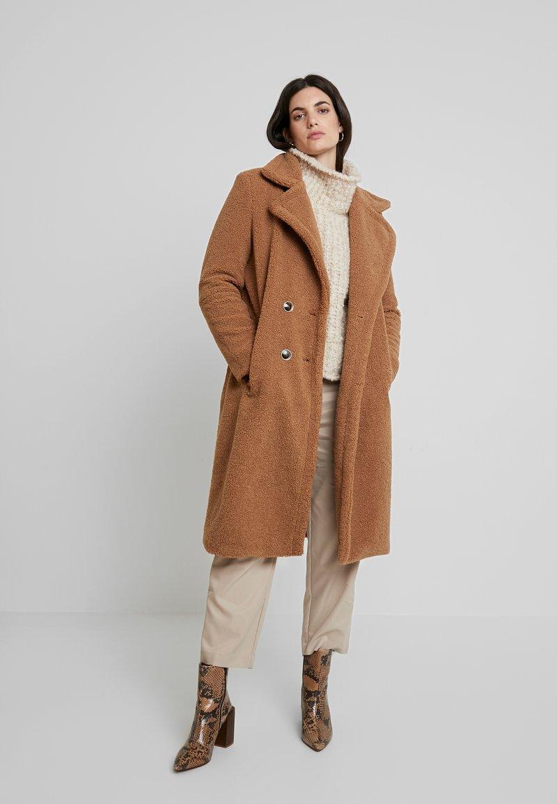 Derhy - GAGNANTE - Classic coat - camel