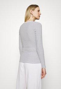 Marks & Spencer London - Camiseta de manga larga - white - 2