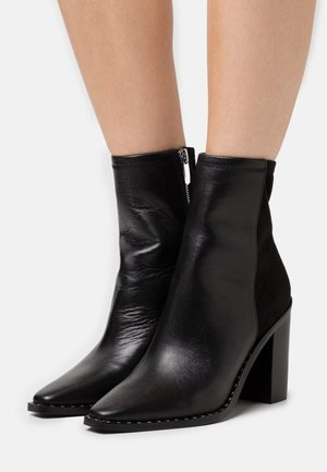 ALYCIA - Bottines - black