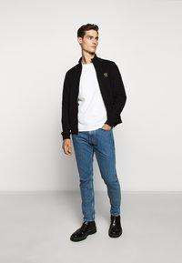 Belstaff - ZIP THROUGH - Zip-up hoodie - black - 1