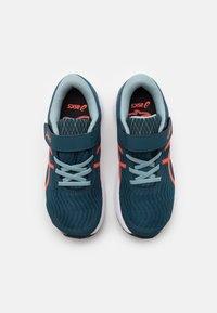 ASICS - PATRIOT 12 UNISEX - Neutral running shoes - magnetic blue/sunrise red - 3