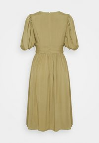 Glamorous - MIDI DRESSES WITH PUFF SLEEVES LOW V-NECK AND TIE BELT - Day dress - sage - 1