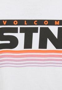 Volcom - BLOXER - Print T-shirt - white - 2