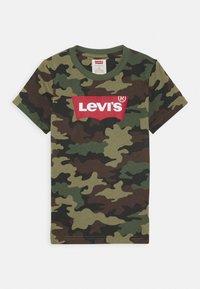 Levi's® - BATWING TEE - T-shirt print - cypress - 0