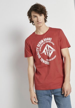 WITH COINPRINT - Print T-shirt - normal red