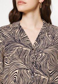 Vero Moda - VMGEA - Skjorte - brown - 5
