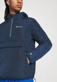 Champion - HOODED JACKET - Winter jacket - navy - 5
