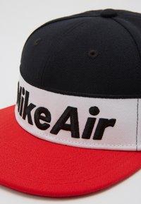 Nike Sportswear - NSW NIKE AIR FLAT BRIM - Cap - black - 2
