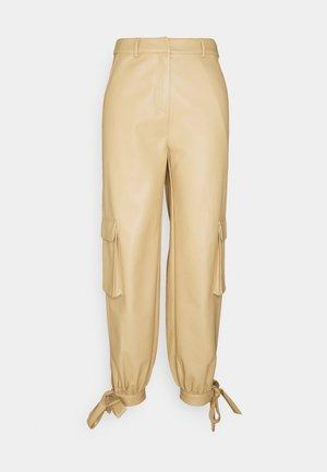 TIED HEM PANTS - Cargobukse - beige