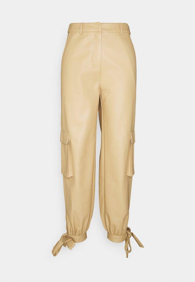 TIED HEM PANTS - Cargobroek - beige