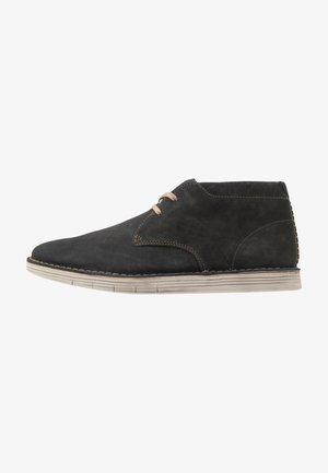 FORGE STRIDE - Casual lace-ups - storm