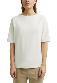 Esprit - FASHION  - Basic T-shirt - off white - 3