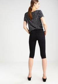 ONLY - ONLRAIN - Denim shorts - black - 3