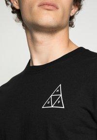 HUF - ESSENTIALS TEE - Print T-shirt - black - 4