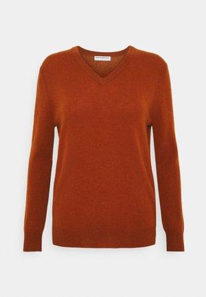 V NECK - Sweter - heather orange