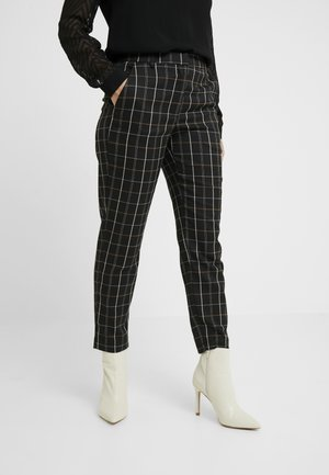 VMCARNIE SELMA ANCLE PANT - Trousers - black